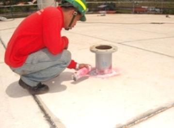Liquid penetrant inspection services